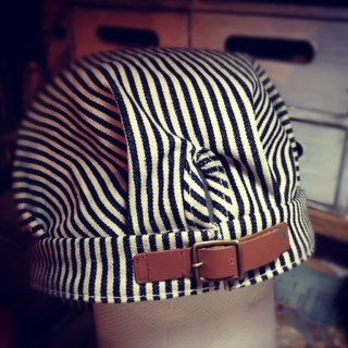 帽子をリメイク